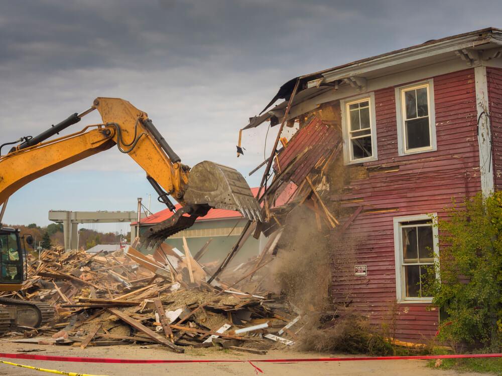 Laplace - House demolition